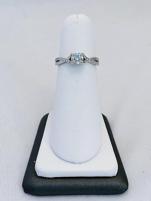 14k White Gold 0.66ct Round Diamond Engagement Ring