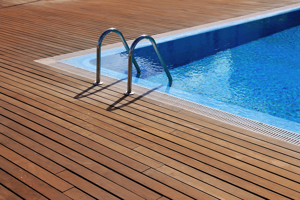 Picture of a swimming pool deck and ladder