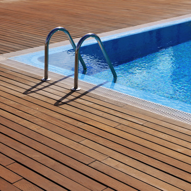 pool cleaning services noosa