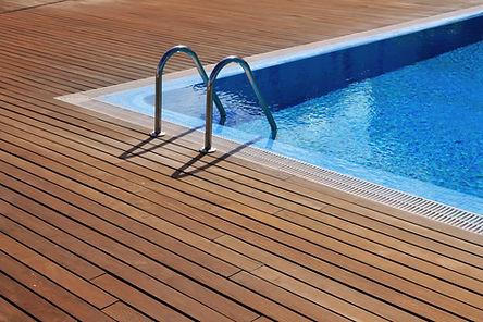 אימונים אישיים בבריכה