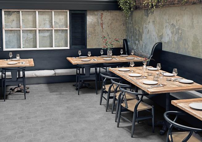 WIND-GREY-HEXAGONAL-patio_Apavisa.jpg