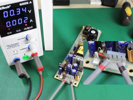 Cómo detectar fallos y cortos en una tarjeta electrónica con una fuente de alimentación