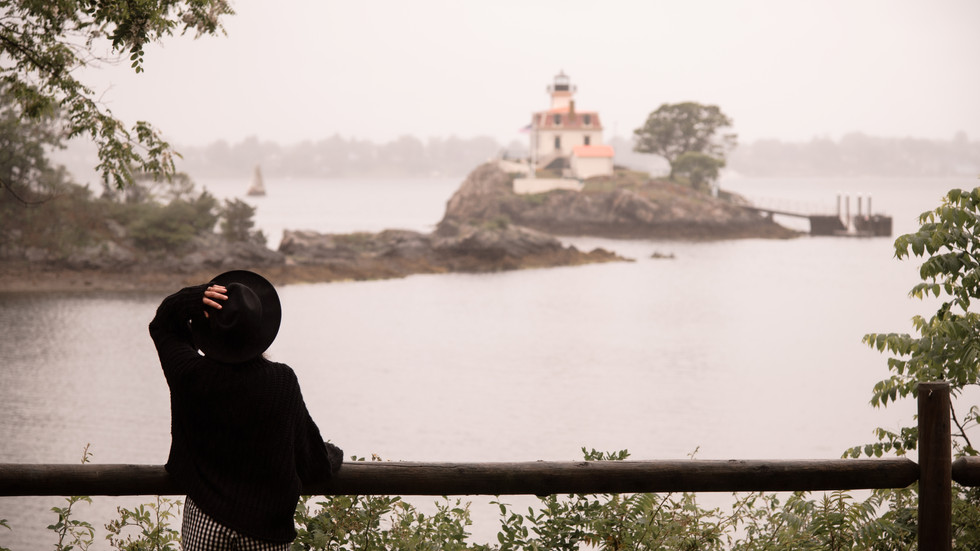 RAINY POSTCARDS FROM A 'RHODE-TRIP'