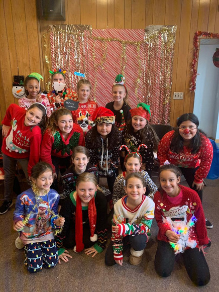 10U Holiday Party2.jfif