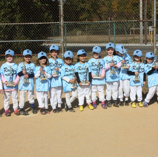2014 Girls-K_Fall2013.JPG