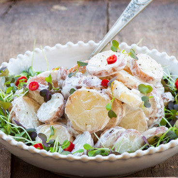 Potato salad with microleaves