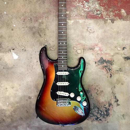 Fender American Stratocaster SSS 2013 (Signed by Eric Johnson!)