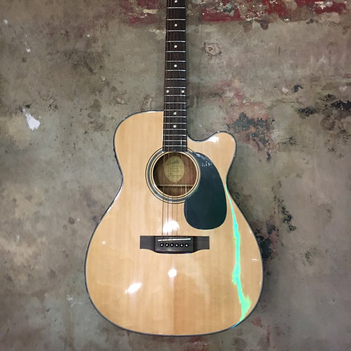 Blueridge BR-43CE Contemporary Series Cutaway Acoustic-Electric Dreadnought