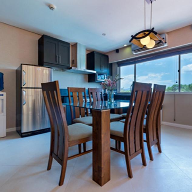 Presidential Suite - Kitchen.jpg