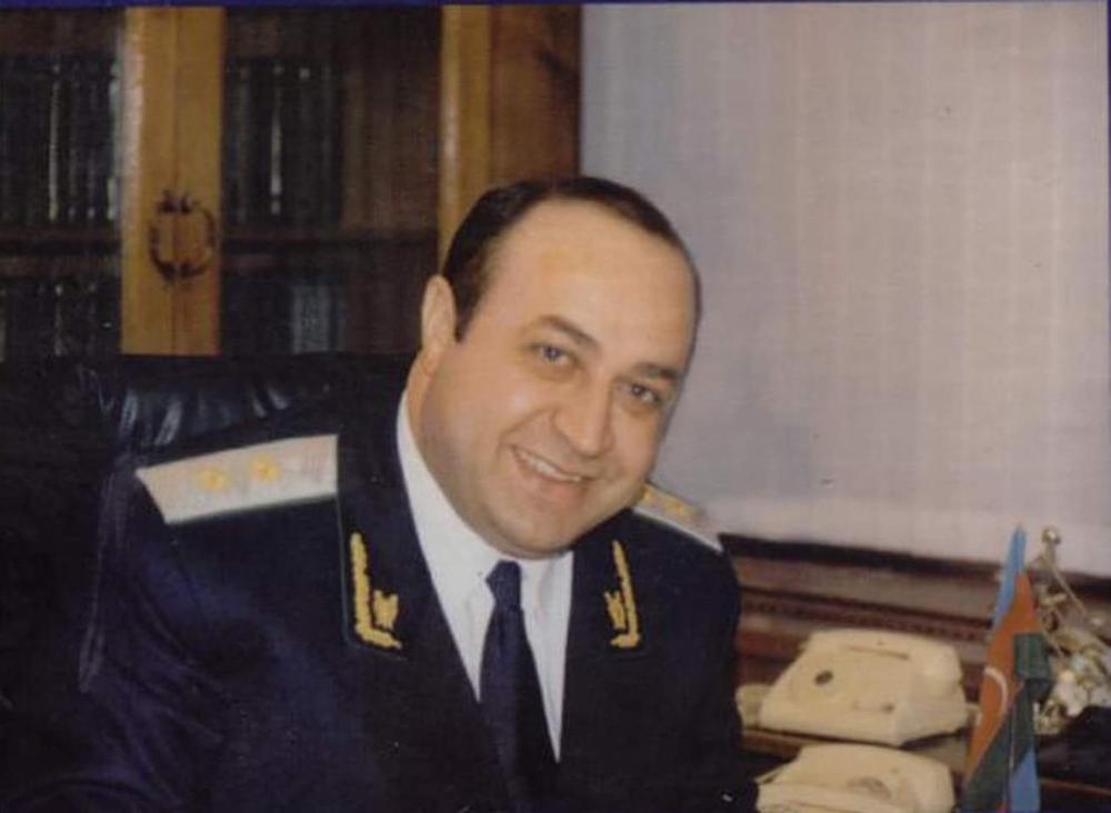 """Eldar Həsənov beynəlxalq """"İlin altın adamı"""" mükafatına layiq görülüb"""