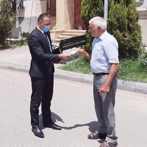 Kəlbəcər RİH-nin əməkdaşları vətəndaşlara tibbi maska paylamışdır - FOTOLAR