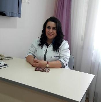 Həkim- Ultrasonographer İntizar Məmmədova