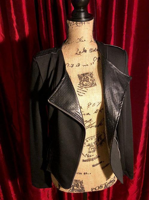 Woman's Blazer/Jacket