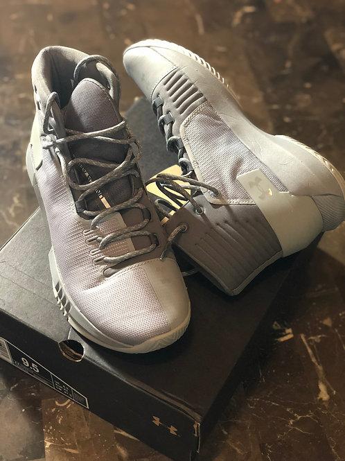 New Men Under Armor Sneakers