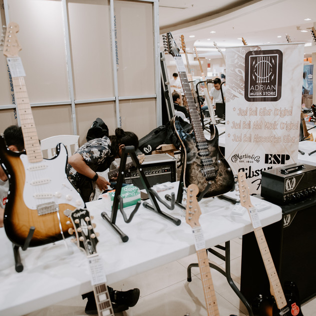 bwhryo - guitar experience 2019 - d4-60.