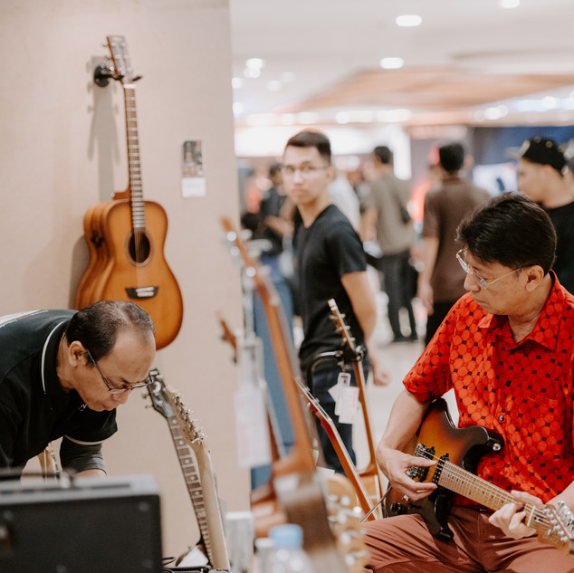 bwhryo - guitar experience 2019 - d4-78.