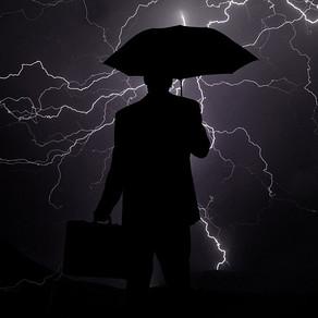 Alles im Griff ? (2/2): Ist Krisen-management nur die Lösung zum gescheiterten Risiko-management?