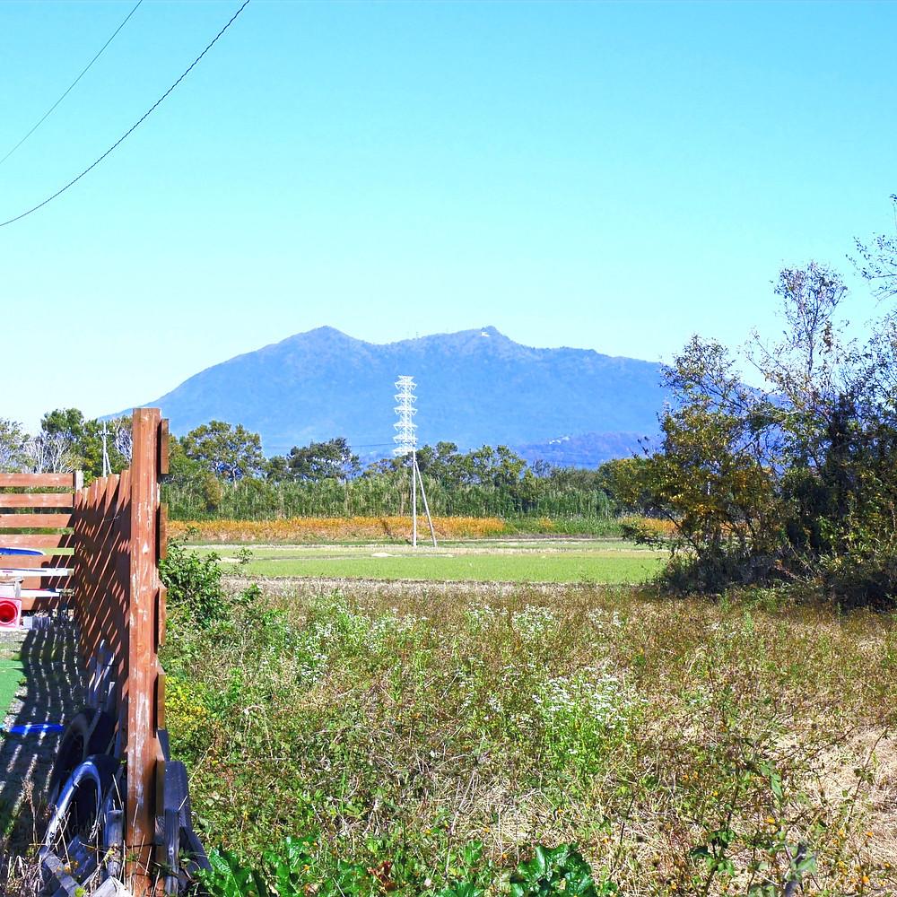 famal cafe傍から見える筑波山⛰