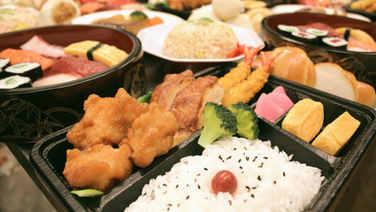 top_foodreplica_edited.jpg