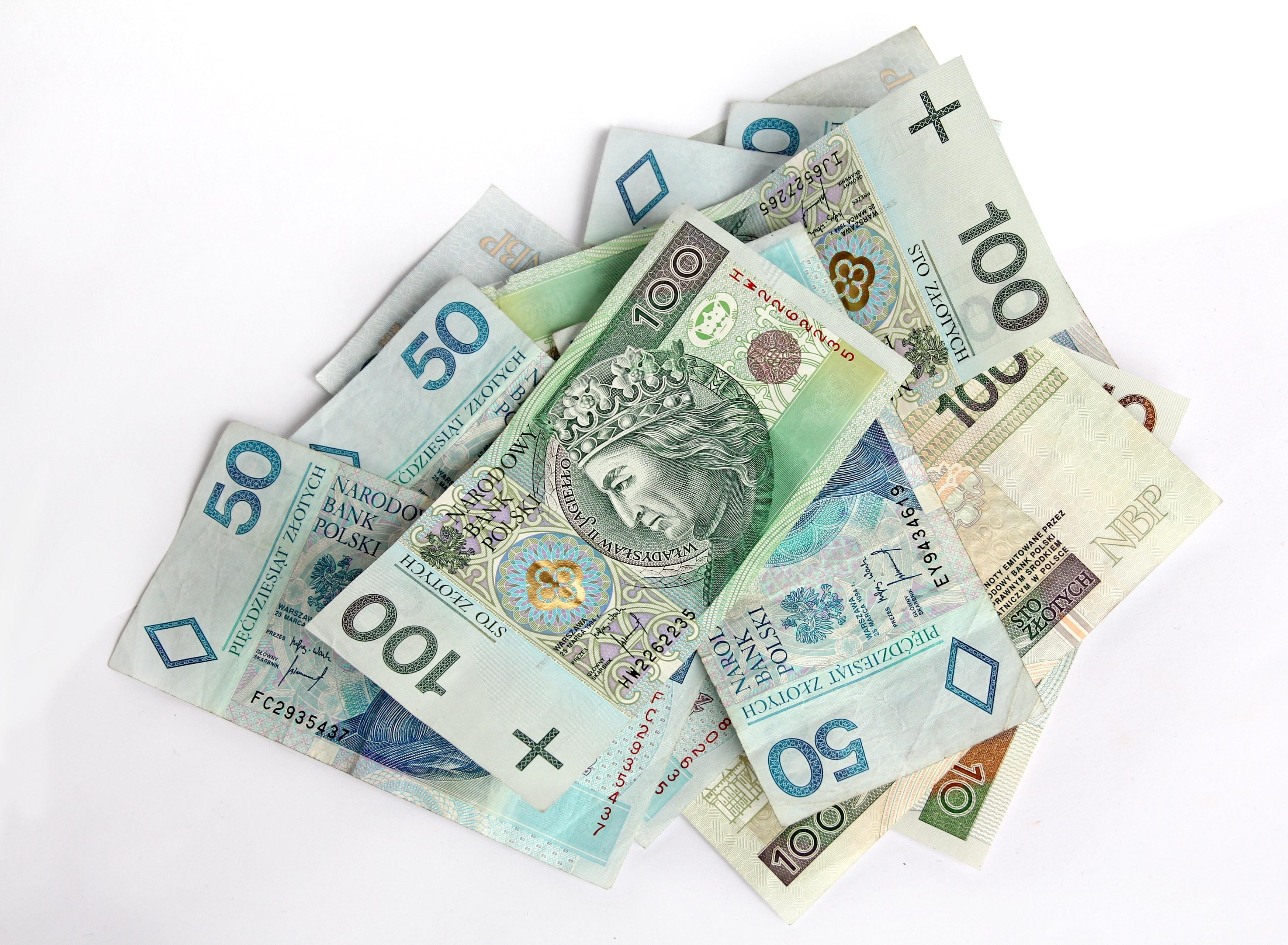 Rozliczenie podatku - Polski PIT
