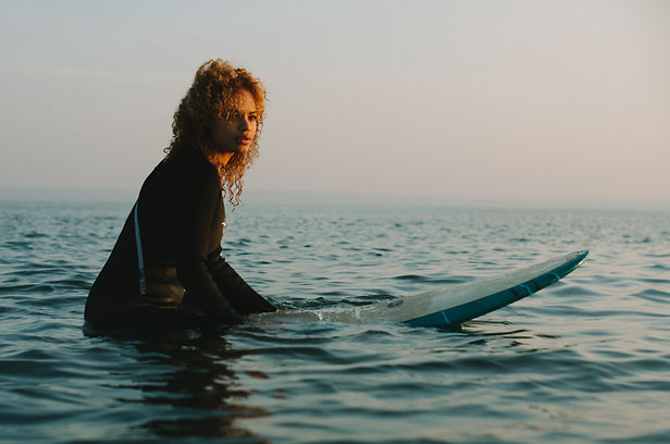 London girls surf club about