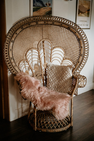 Majestic peacock chair