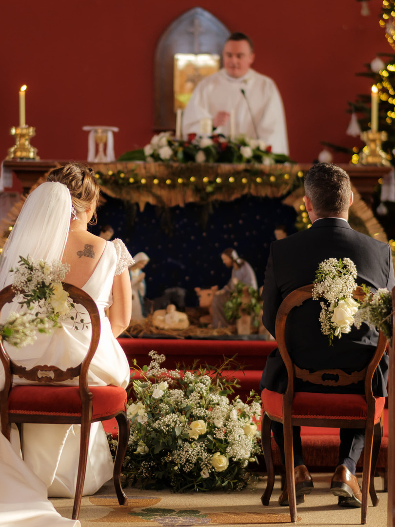 bride an groom chairs.jpg