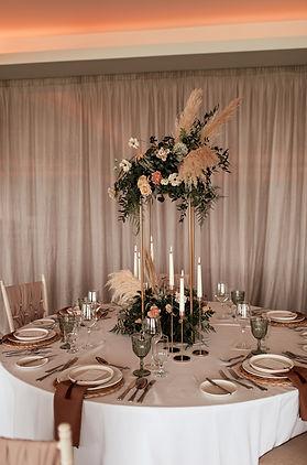 geometric wedding stands