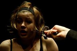 25.04.2010_Macbett_Theatre_du_Comsi_©_sylvain_chabloz_019
