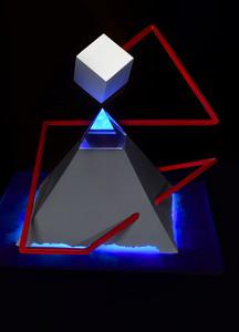 sculpture-pyramid_web_Thierry_Palaz.jpg