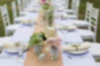 table dressée pour un mariage