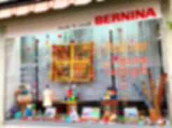 vitrine mercerie l'Atelier du Passe-temps
