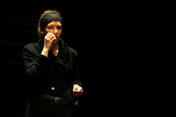 25.04.2010_Macbett_Theatre_du_Comsi_©_sylvain_chabloz_008