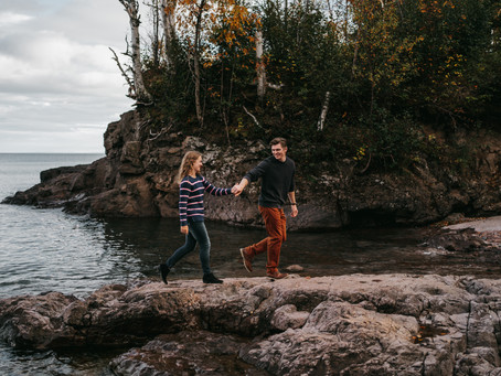 North Shore, Minnesota Adventure Engagement Session / Anna and Colton