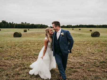Sarah and Jeremiah/ Bemidji, MN / Rainy Wedding Day