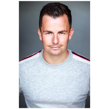 Simon Mayhew - Agent