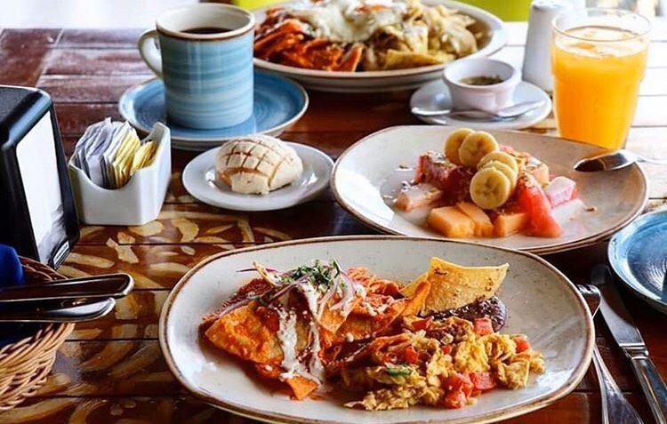 La Monina Breakfast