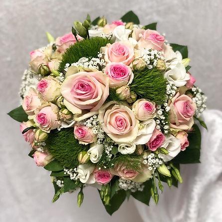 Brautstrauß Rosen.jpeg
