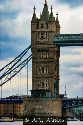 London Bridge geometrics.jpg
