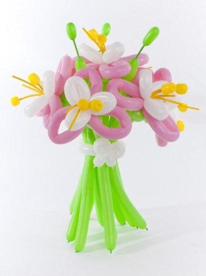 Нежные цветы из воздушных шаров в городе Сочи