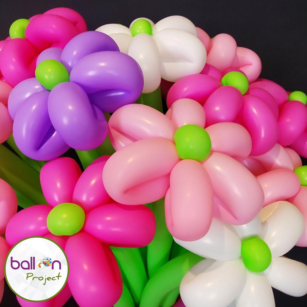 Подарок из воздушных шаров цветы в Сочи