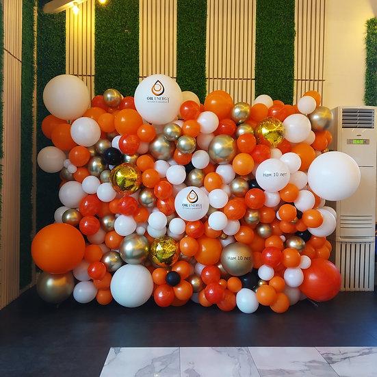 Фотозона из воздушных шаров на день рождения в Сочи