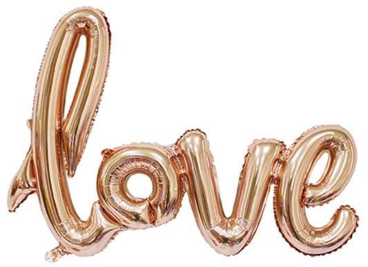 """Надпись """"Love"""" золотая 104 см, накачана воздухом"""