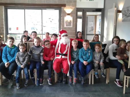 Mercredi 19 décembre, le Père Noël est venu à Aydius !