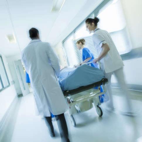 Pflegepersonalvermitlung, schnell Pflegekräfte finden mit winG: work in Germany Service