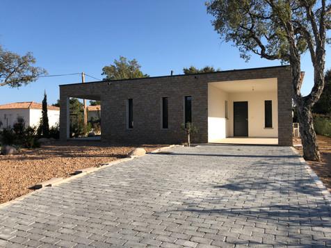 Maison en corse à louer avec piscine 4 chambres