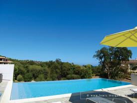 villa_corse_à_louer_piscine5.jpg