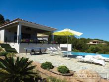 villa_corse_à_louer_piscine6.jpg