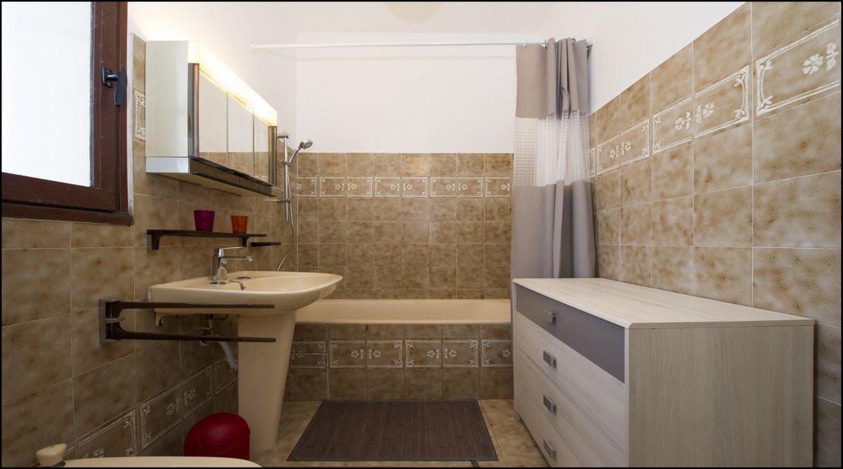 16 Salle de bain.jpg
