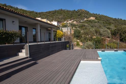 Maison à louer en Corse